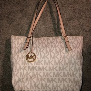 Michael Kors Medium White Tote Bag